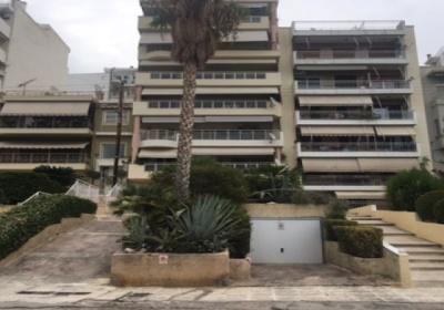 Η χαμένη ευκαιρία οργάνωσης του δημόσιου χώρου στην Ακτή Θεμιστοκλέους